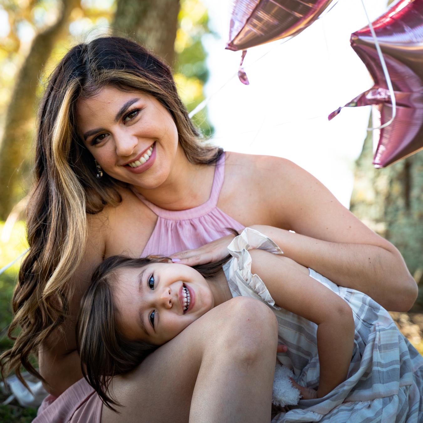 Who doesn't love to be outside when the weather is warmer? Your children certainly do. Here are some reasons why an outdoor location is perfect for your next family photoshoot.